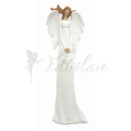 Bílý anděl s rozevlatými vlasy