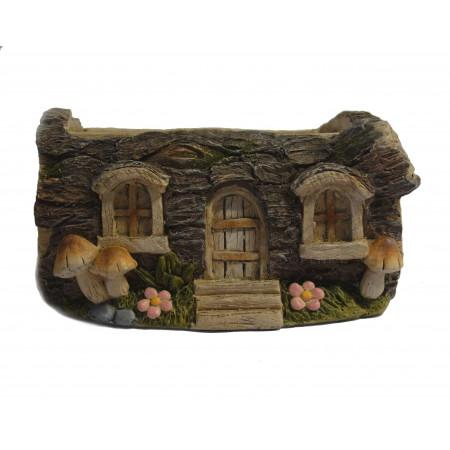 Domeček z pařezu