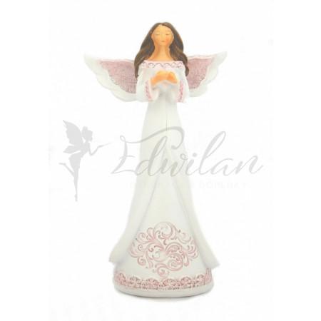 Anděl s ornamentem na šatech